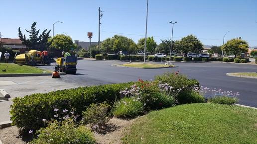 sealcoating, parking lot